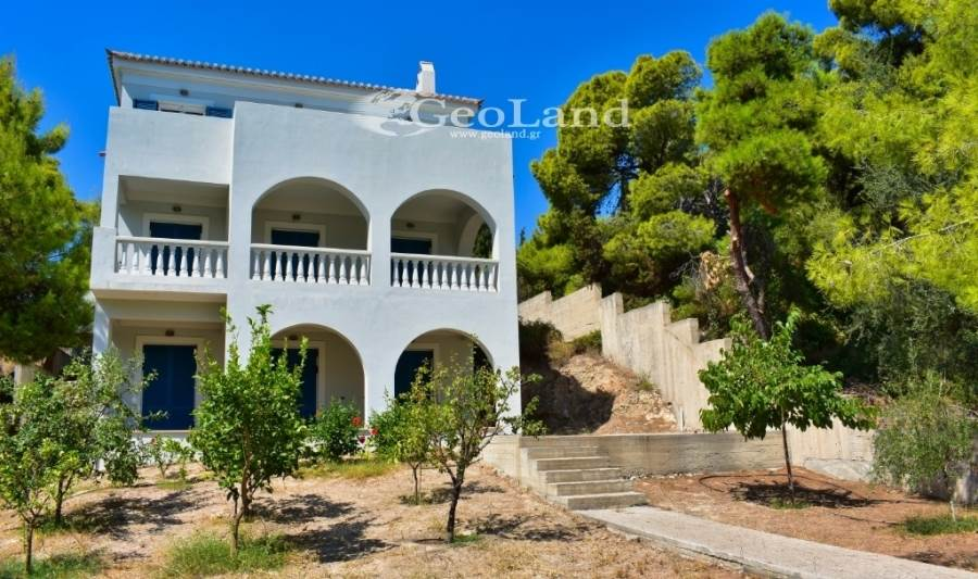 (For Sale) Residential Detached house || Argolida/Kranidi - 400 Sq.m, 7 Bedrooms, 850.000€